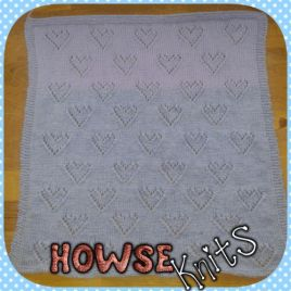 Knitted Baby Blanket (Heart)
